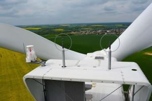 photo aérienne par drone pour inspection d'éolienne