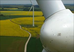 photo aérienne par drone, inspection d'éolienne
